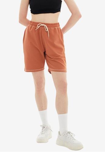 Trendyol brown Regular Fit Bermuda Shorts D9145AAB32005FGS_1