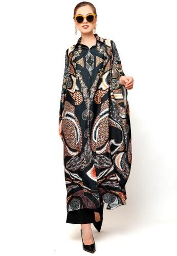 Kanzi by liza yahya black Kanzi Long Collared Kaftan Batik Black 6CE37AA25FAA65GS_1