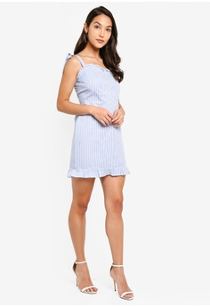 3b726b3a9172 39% OFF MISSGUIDED Frill Tie Strap Gingham Mini Dress S$ 46.90 NOW S$ 28.70  Sizes 6 8 10 12 14