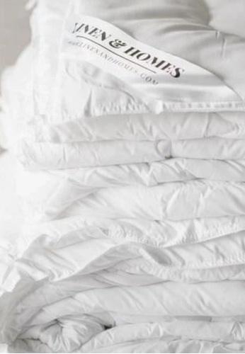 "Linen & Homes white Cloudlight Comforter Queen Size (86 x 90"") FD97FHL536530BGS_1"