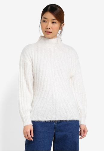 Miss Selfridge white Fluffy Volume Sleeve Knitted Jumper MI665AA0SD87MY_1