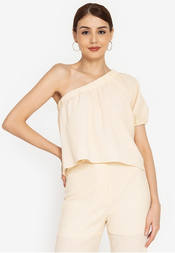 ZALORA OCCASION white Textured One Shoulder Top CC943AA5D441C8GS_1