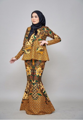 ZHAFIRA SERIES - Batik Rose for Lady from ROSSA COLLECTIONS in Orange and Yellow and Beige
