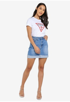 fa6ca9a2 10% OFF Guess Classic Guess Triangle Logo Short Sleeve T-shirt RM 299.00  NOW RM 268.90 Sizes XS S M