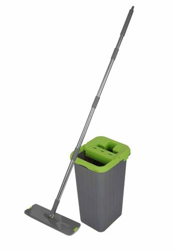 Scrubz green Heavy Duty Cleaning Essentials Easy Grip Premium Microfiber 360á´¼ Flat Mop with Bucket 18E9DHL3A90C13GS_1