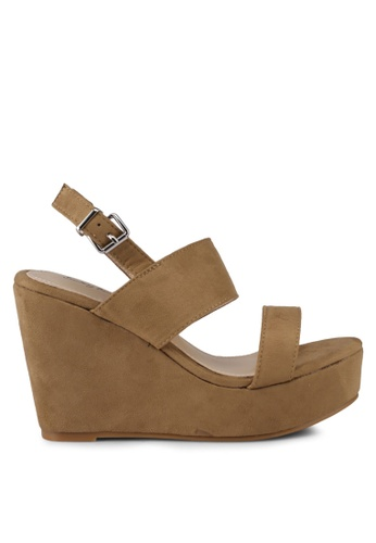 Something Borrowed brown Double Strap Wedges 0797DSH42EEA13GS_1