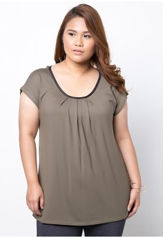 Satin Trimmed Round Neck Pleated Plus Size Top