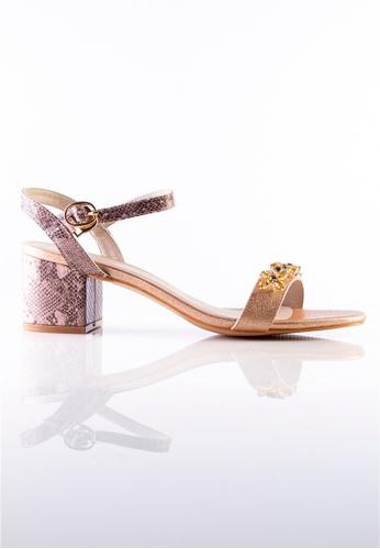 Stilaré silver and gold Julie Embellished Sandals in Champagne 92B7DSHD499F0FGS_1