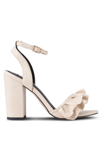 Miss Selfridge beige Chime Ruffle Heels MI665SH91RUAMY_1