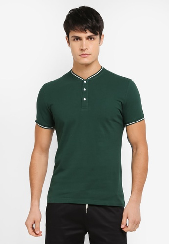ZALORA green Stand Collar Polo With Tipping 01B5DAAB7C4F49GS_1