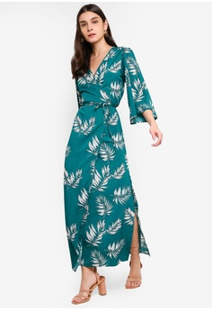 ec5b71dcca49 10% OFF ZALORA Wrap Maxi Dress RM 135.00 NOW RM 120.90 Sizes XS S M L XL