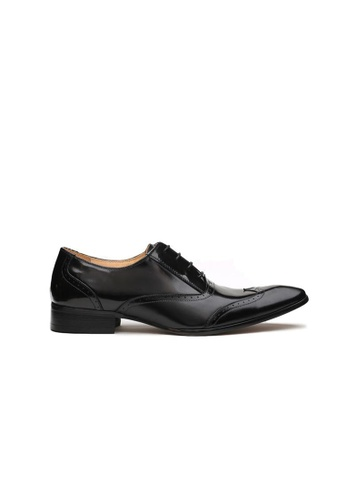 Kings Collection black Edgar Wing Tip Brogue Shoes 24945SH4F72B4EGS_1