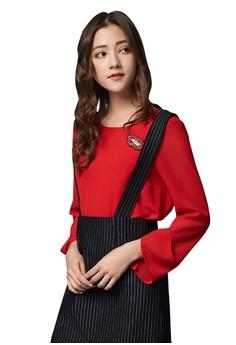 【ZALORA】 OUWEY歐薇 時尚紅唇別飾雪紡上衣