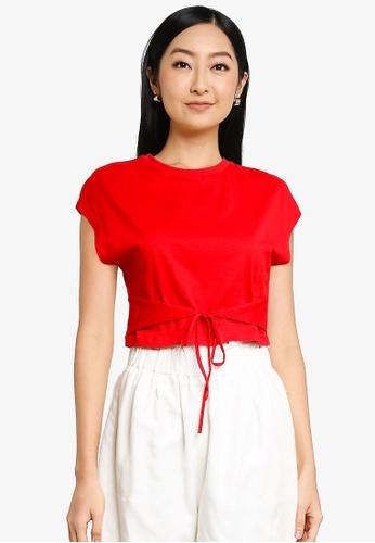 URBAN REVIVO red Cropped T-Shirt E8535AA2744B9EGS_1