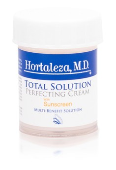 Total Solution Perfecting Cream