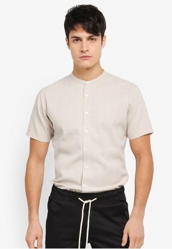 ZALORA beige Weaved Yarn Mandarin Collar Short Sleeve Shirt D7BE1AA0C82CE9GS_1