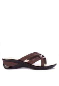 55afeea7a563 BANDOLINO brown Cathy Flat Slides 5F8C5SH5EAE966GS 1