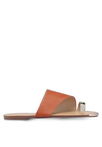 Mimosa 褐色 金屬環夾腳涼鞋 2A332SH186B99EGS_1