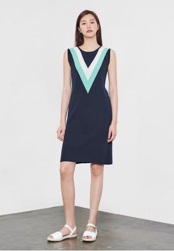 V 字撞色條紋連身裙、 服飾、 洋裝NAINV字撞色條紋連身裙最新折價