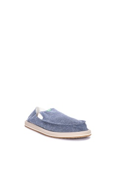51b9253daf4 Shop Shoes Online for Men and Women on ZALORA Philippines