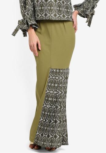 Tsyahmi for ZALORA green Kumbu Side Pleat Pencil Skirt TS528AA25ZBEMY_1