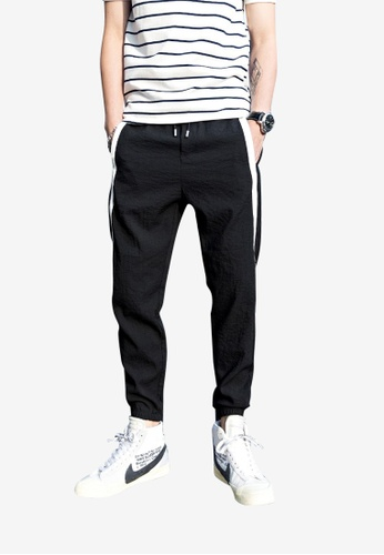 hk-ehunter black Men Jogger Pants 5617AAA554B06AGS_1