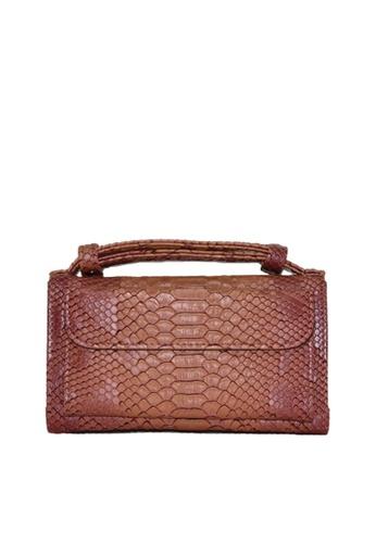 Twenty Eight Shoes brown VANSA Serpentine Pattern Embossed Cow Leather Bi-Fold Wallet VBW-Ps6021 DE5F6AC349DF1AGS_1