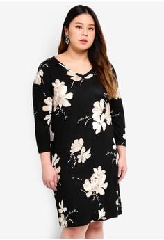 01219b8cc1a Only CARMAKOMA black Plus Size Flower Dress 54906AA5D1A5A7GS 1