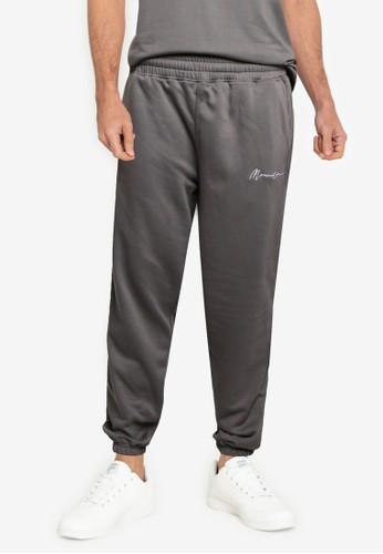 Mennace black Essential Regular Jogger Trousers 51E6AAA6A77372GS_1