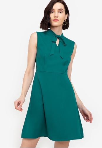 ZALORA WORK green Pussybow Fit & Flare Dress 34846AA8B42081GS_1