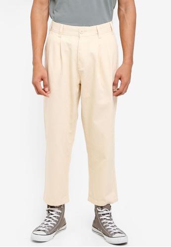 OBEY 米褐色 休閒褶飾褲 FF447AAE5C3E90GS_1