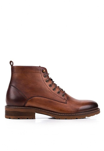 Twenty Eight Shoes brown Vintage Leather Brogue Boot 018-1A 618C4SHF072B91GS_1