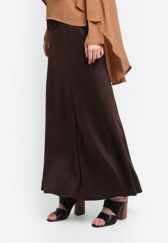 BYN brown Adjustable Long Skirt 4911EAAAB421E0GS_1