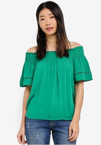 LC Waikiki 綠色 露肩褶飾上衣 E45D7AAB983BFDGS_1