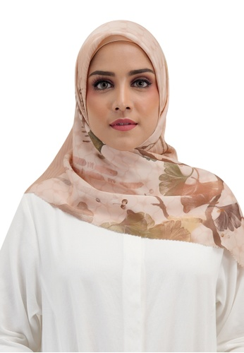 Buttonscarves beige Buttonscarves Ginkgo Satin Square Buttercream 7BA06AABB09F2BGS_1