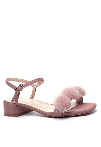 Twenty Eight Shoes Fur Ball Strap Low Heel Sandals 3376-30 EB4D1SHF630217GS_1