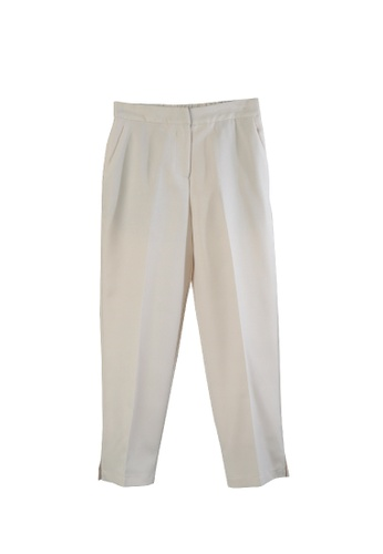Giordano Ladies beige Relaxed-Fit Capri 00BEAAACEB7578GS_1