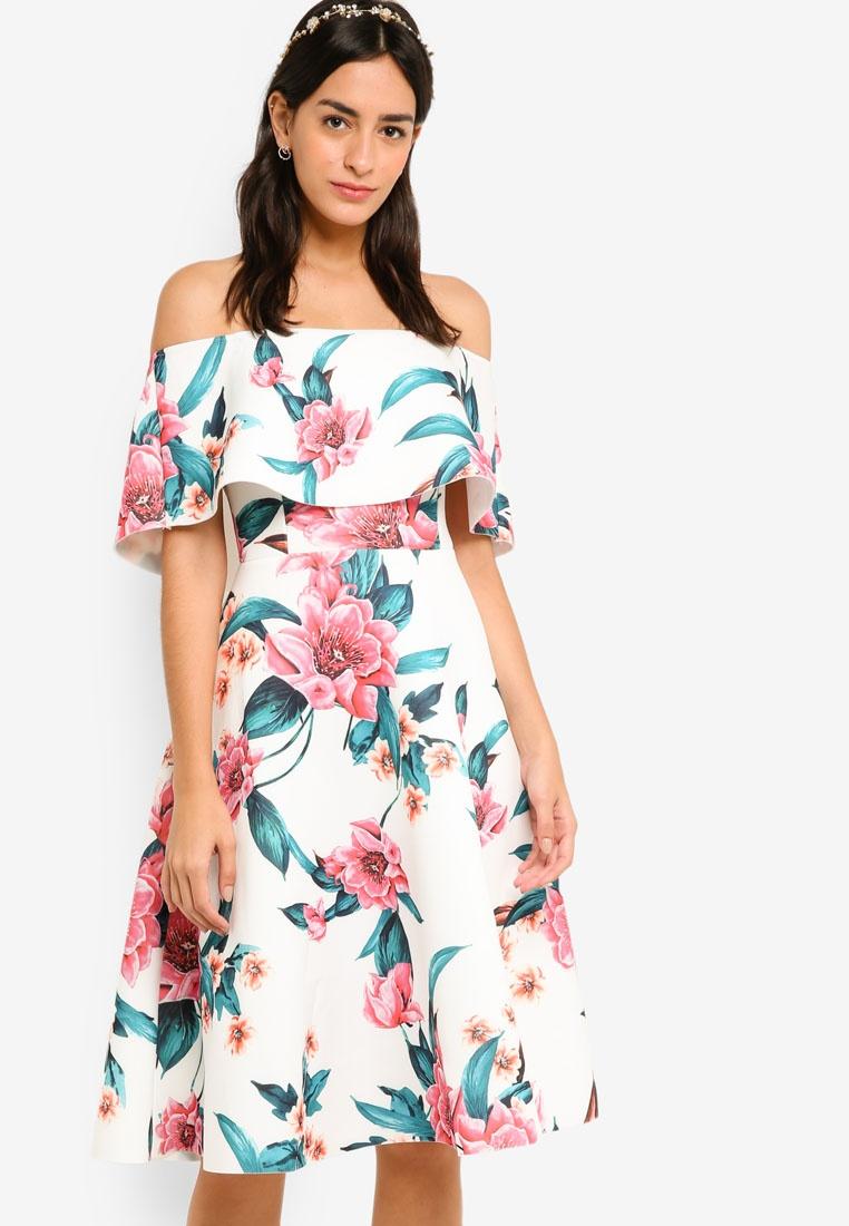Floral Dress Print Flare amp; Pink Base ZALORA Fit White Off Bridesmaid Shoulder Tropical ZwpnxqSRnP