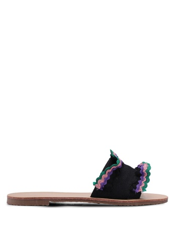 Something Borrowed 黑色 摺飾滾邊涼鞋 112F2SHB84199DGS_1