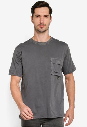 Mennace black SS Utility Pocket Overlock Tshirt 9E1BBAA0860562GS_1