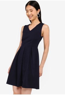 13ae722a491 Basic V-Neck Fit And Flare Dress 4BBAEAA3EFF6BEGS 1 ZALORA ...