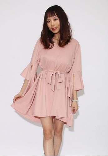 Seoul in Love pink Cena Dress in Pink 6A71CAA15889F2GS_1