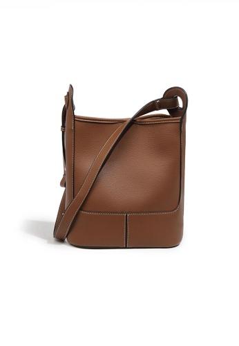 Twenty Eight Shoes brown Fashionable Chic Faux Leather Bucket Bag JW FB-6788 4453BAC02762BEGS_1
