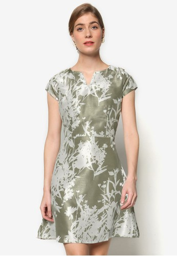 Melvy Festive 圖樣zalora 心得設計蓋袖連身裙, 服飾, 洋裝