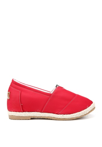 KissXXX 紅色 特殊防潑水純色美腿效果5CM內增高帆布休閒鞋 KI603SH09OFGTW_1