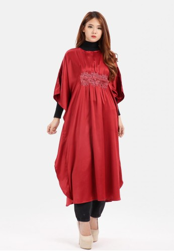 The Pink Label red Big Batwing Three Big Flower Caftan in Maroon 775D6AA9E5E863GS_1