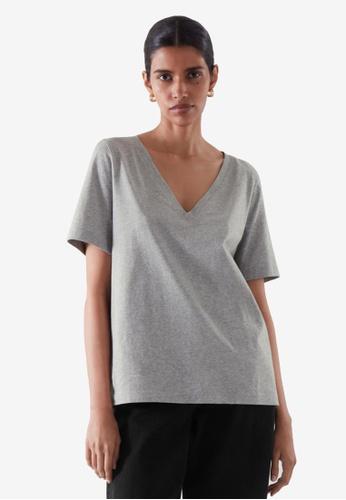 COS grey V-Neck T-Shirt 51D0FAADC014FBGS_1