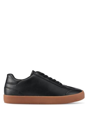 ZALORA black Minimalist Detail Sneakers BCED5SH41BB569GS_1