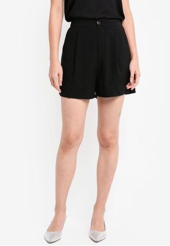 ZALORA BASICS black Tailored Shorts 7F7E0AAE741AFFGS_1