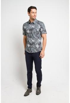 e3577cf3dd5 69% OFF BRITANIA Short Sleeve Print Shirt 9314 Rp 439.900 SEKARANG Rp  135.900 Ukuran S